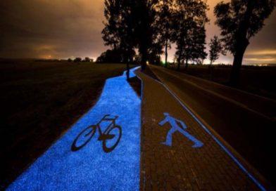 Lidzbark Warminski (Polonia): pista ciclabile luminosa