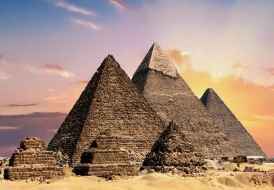 L'Egitto ha vietato le passeggiate in cammello ai turisti